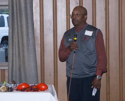 Auburn cornerbacks coach Melvin Smith speaks to the Marengo County Auburn Club on Wednesday night at the Demopolis Country Club.