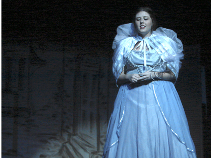 Taylor Cooper plays the Blue Fairy.