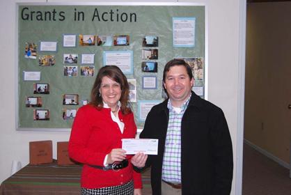 Wells with Amanda Barnes from the Demopolis City Schools Foundation.