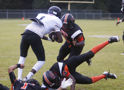 Travarious Harris comes in to make a tackle on a Choctaw County ball-carrier.